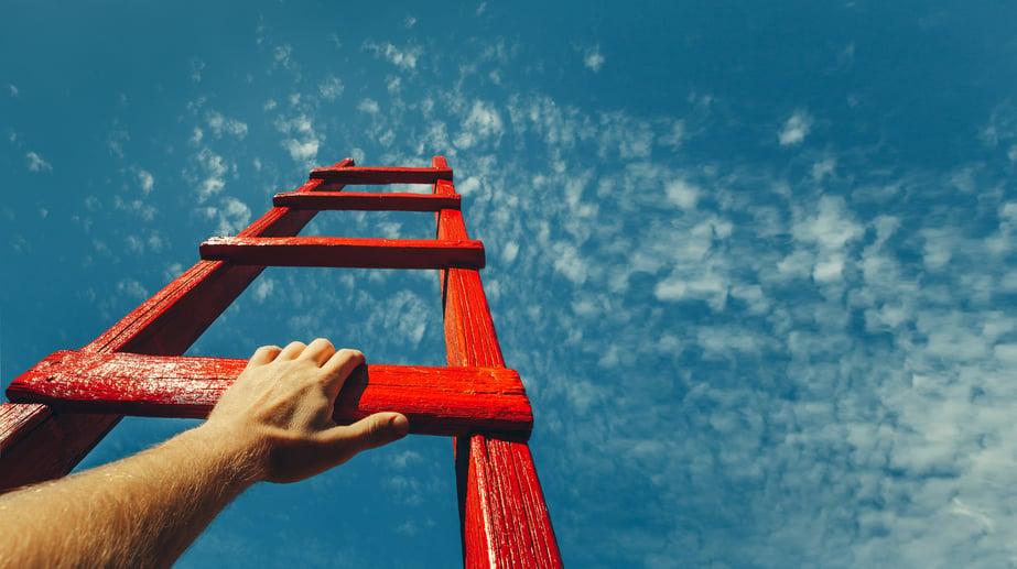 shutterstock_1029299632 ladder kleiner-4